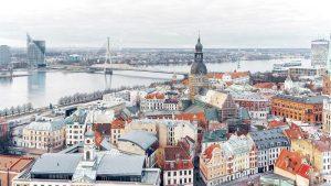 chuyển phát nhanh đi Latvia